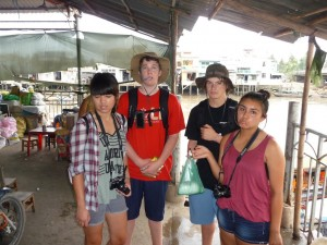 Mekong-Delta-Day-Five-shopping-market-2