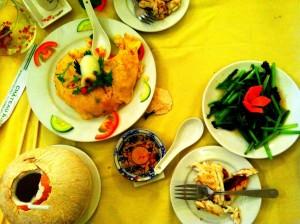 Saigon-Student-Travel-A-Fabulous-Dinner